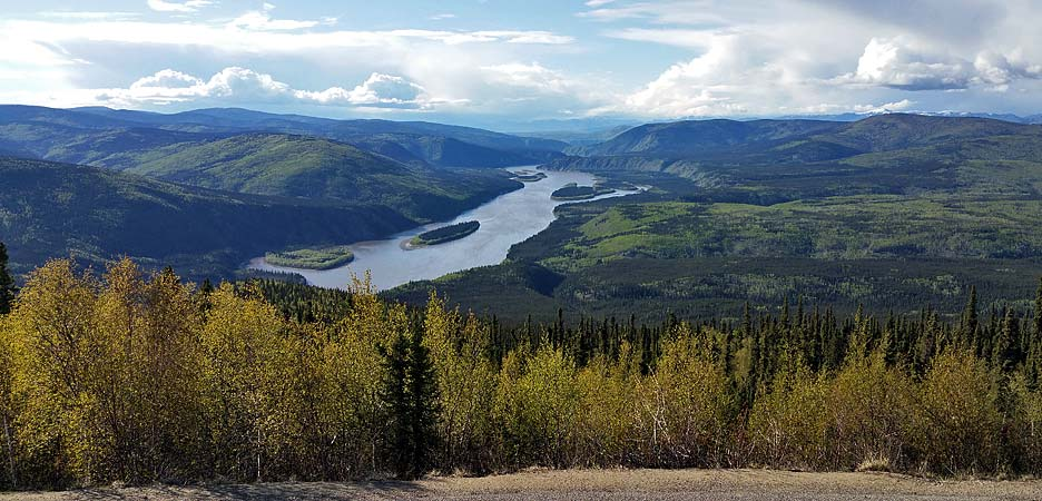 Another view at the Yukon river